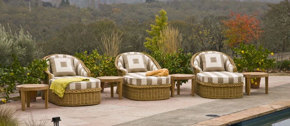 High end wicker outdoor furniture High end lawn furniture